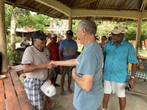 Rubak Presents Palau History to Volunteers